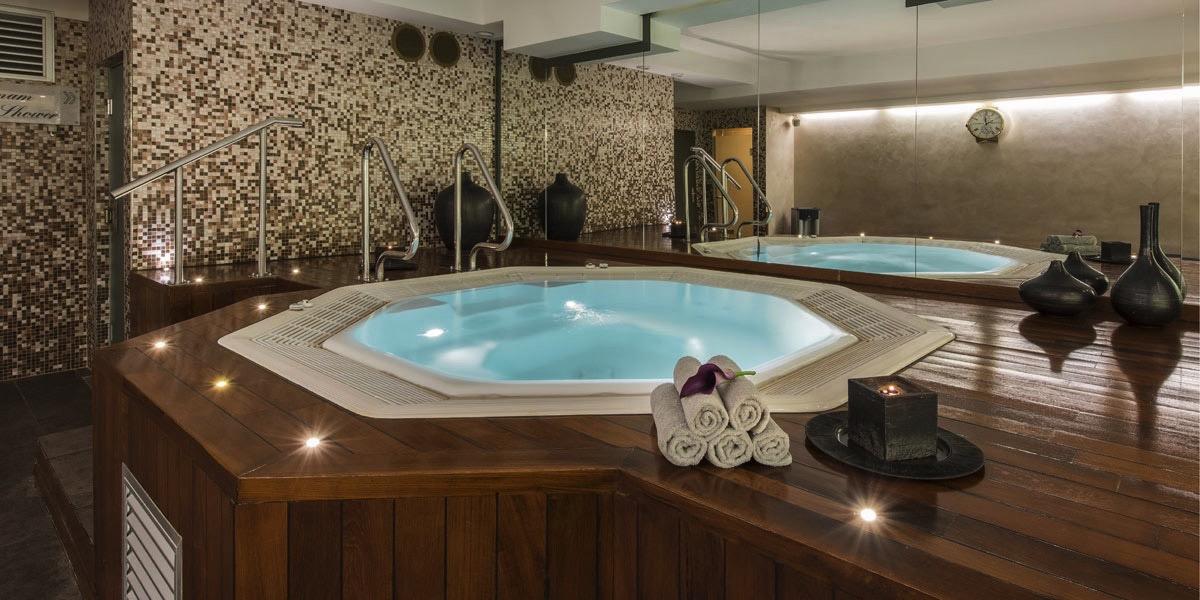 Hotel Bristol Geneva Wellness Area Fitness Spa