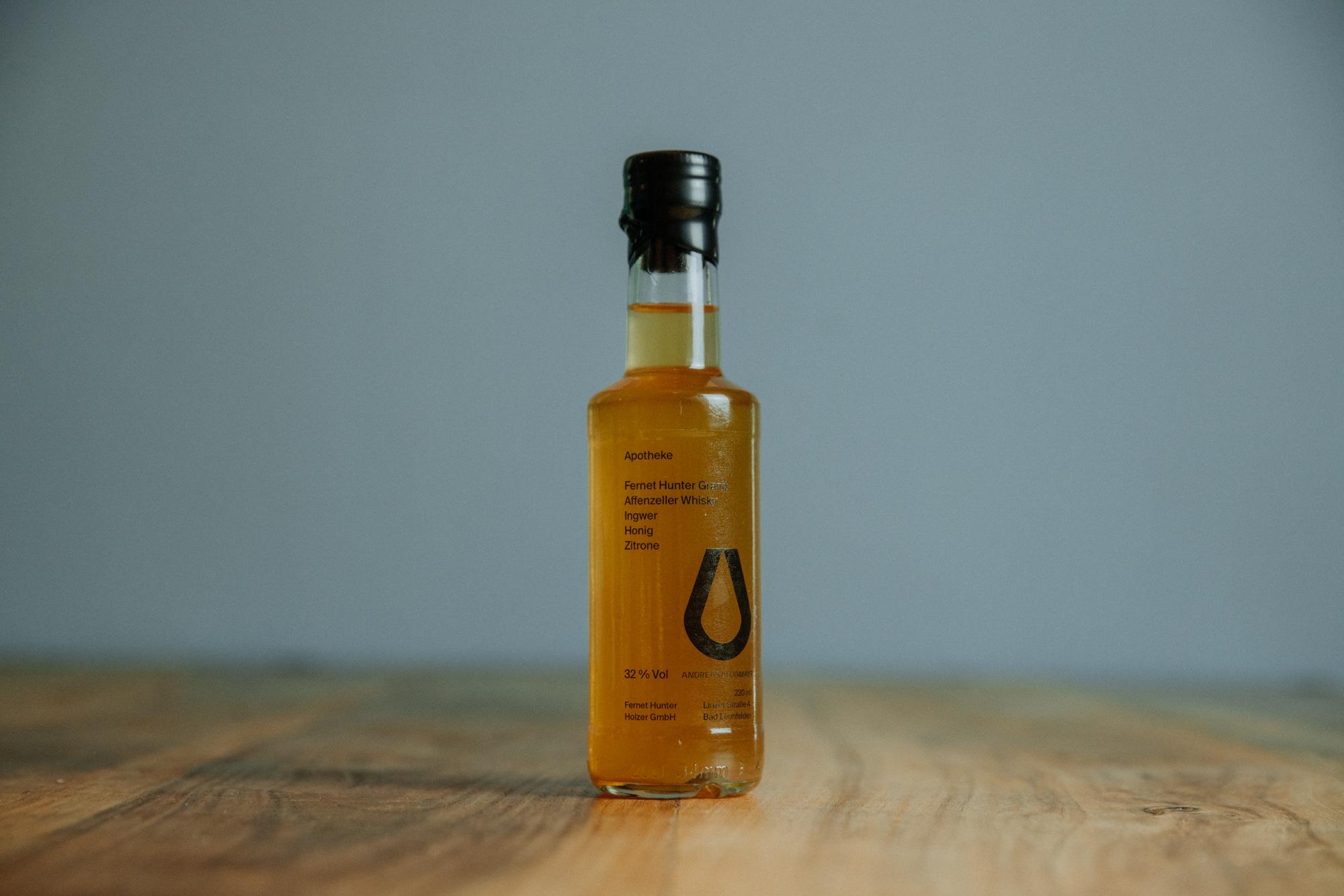 Andreas Lugmayr Bottled Cocktails Apotheke Abohlen Lieferung Linz Österreich