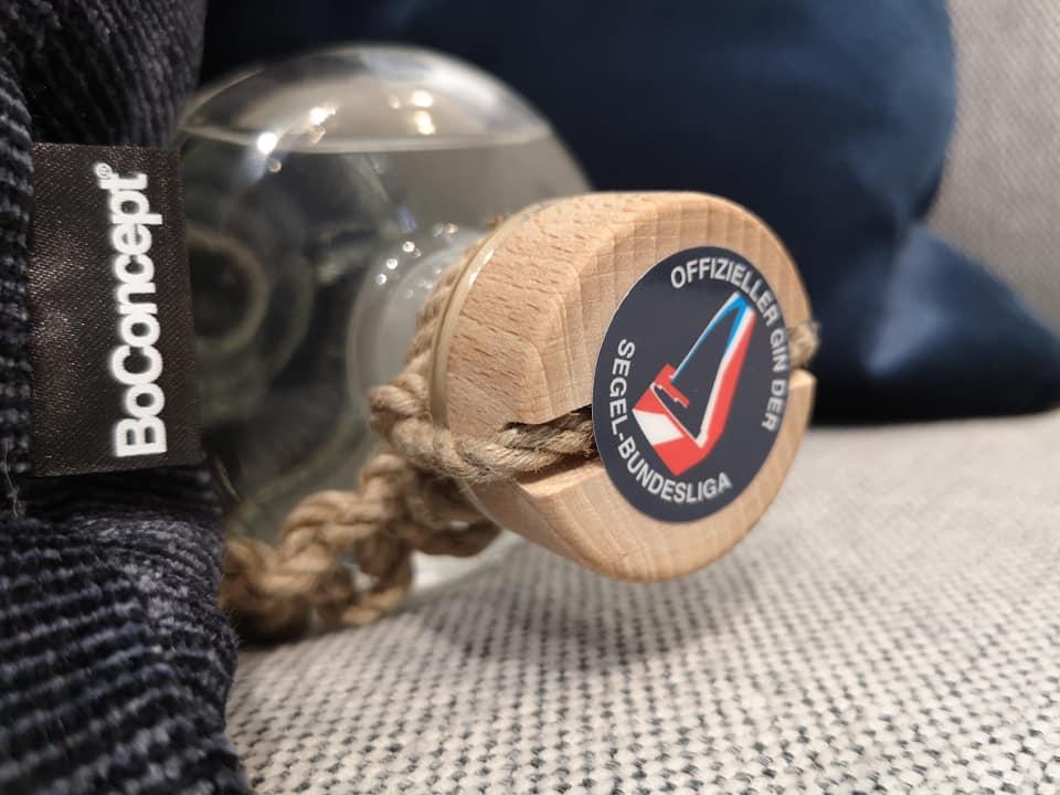 Purest Sail Gin Handmade Cork Wood Hemp Rope Official Partner Austrian Sailing League