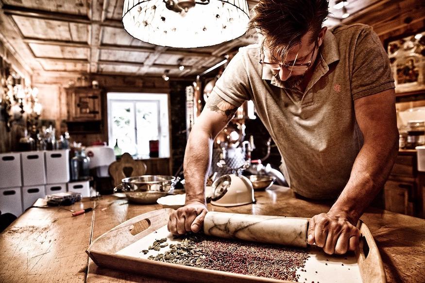 5020 Gin Handcrafted Salzburg Austria Distillerie Stephan Koudelka Organic Juniper