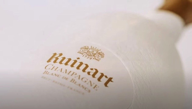 Champagne Ruinart Second Skin Sustainable Packaging