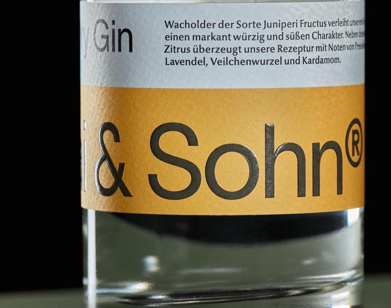 Nicolai und Sohn Craft Whisky Distillery Erfurt Thuringia Germany Pot Still Dry Gin Botanicals