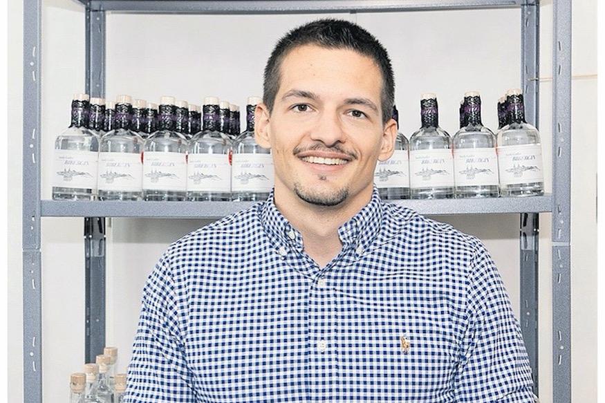 Biber Gin Benjamin Brunner St. Galler Tagblatt Nik Roth