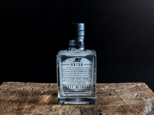 Anton Rottal Dry Gin Back